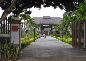 Darren-Oxley-Mansion2