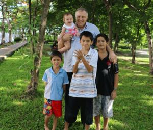 Ian-Rance-family-4