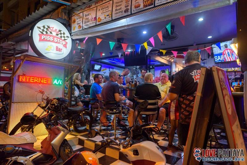 Luke Cook Jolly's-Piss-Stop-Bar-8